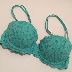 Like New PINK by Victoria Secret Lace Bra 32B